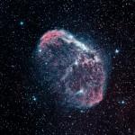 Crescentnebel (NGC6888) / 14.8.2016 / 45cm-Newton-Teleskop f/3.8, SBIG STF8300 M, H-alpha 4x20 Min., OIII 4x20 Min. / R. Klemm