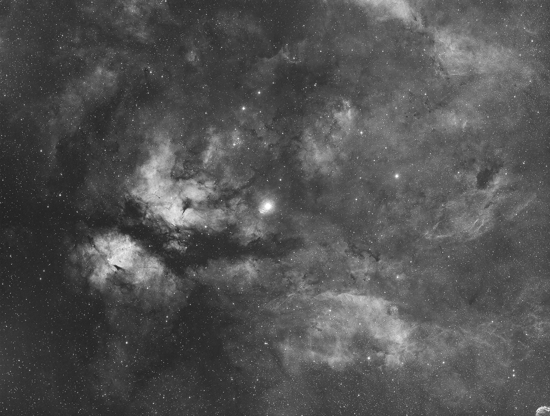 Gamma Cygni / 1.5.2019 / Vixen FL55SS, ASI1600MMC, H-Alpha-Filter, 120 Min. / F. Steimer