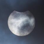 Partielle Sonnenfinsternis / 10.6.2021 / Canon Eos 600d, 400mm-Tele f/5.6 / M. Dähne